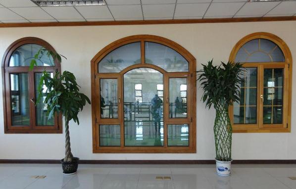 铝包木门窗日常保养的6个方法可以保持美观